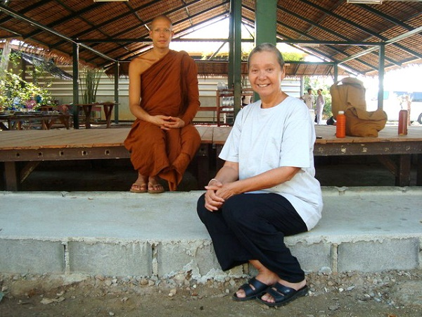 23_ajahn_siripanno_and_mother_retreat_centre_kanchanaburi_404