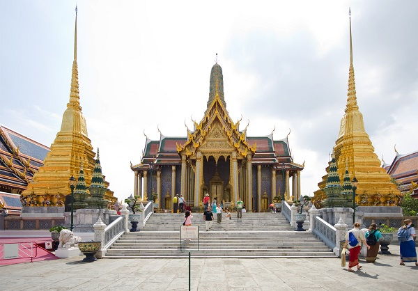 40.Wat.Phra.Kaew.Royal.Pantheon
